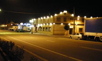 exterior-meson-noche